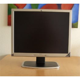 HP L2035 - 20.5 inches  LCD monitor  ( 3 Months Warranty , No Warranty For Burn Dead Damage )
